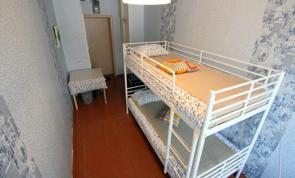 Двух-ярусная кровать мужского номера